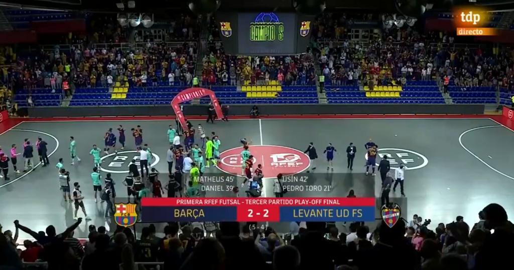 FC Barcelona Espanjan mestaruuteen jännittävien vaiheiden jälkeen